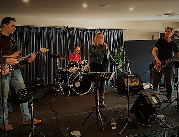 Boot Lace Alley Cover Band Melbourne - Musicians - Entertainment Hire