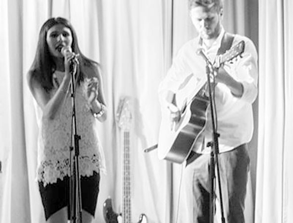 Aria Acoustic Adelaide Singing Music Group - Wedding Cover Bands - Duos